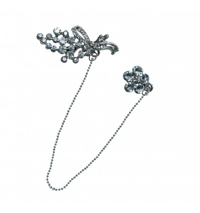 Glamorous Double Flower Brooch with  Stunning Diamante