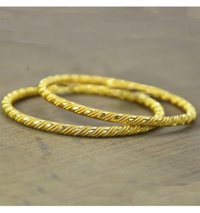 Gold plated Trendy Designer Coir Bangle