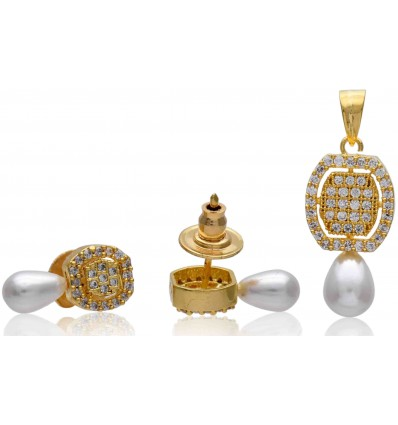 Stylish Premium Gold plated Pearl and American Diamond Designer Pendant Set